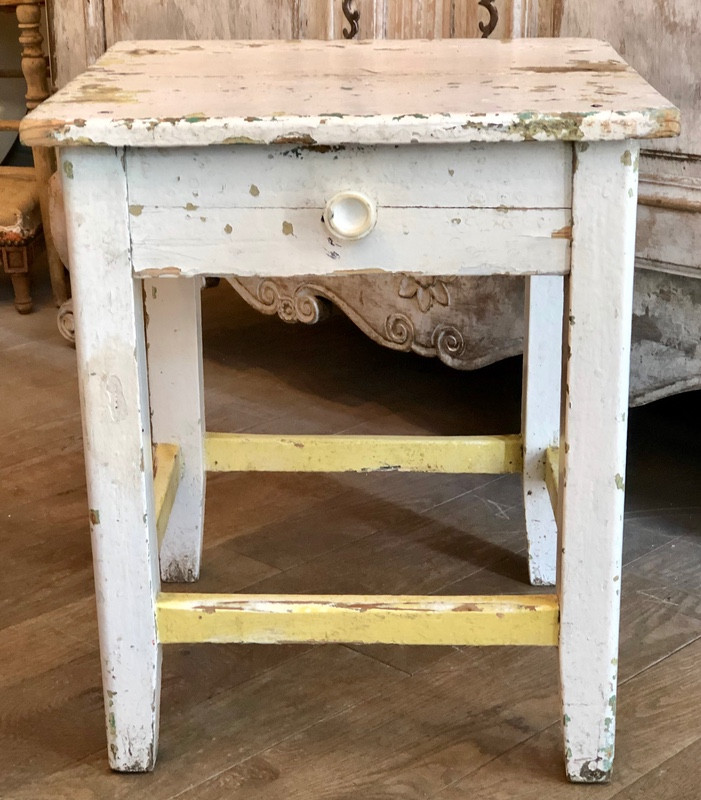 Sweet Little Antique Side Table