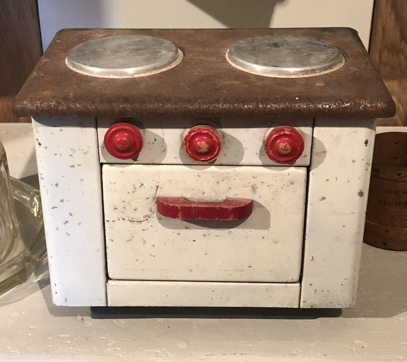 Little Vintage French Stove